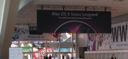 Más fotografías del Moscone Center: pancartas de Snow Leopard y del iPhone OS 3.0
