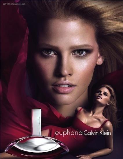 Lara Stone imagen del perfume Euphoria de Calvin Klein