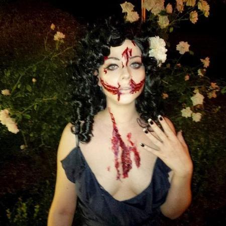 Comienza el desfile de disfraces de Halloween... ¡terroríficos!