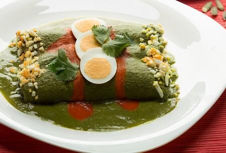 Papadzules. Receta fácil de la cocina tradicional mexicana