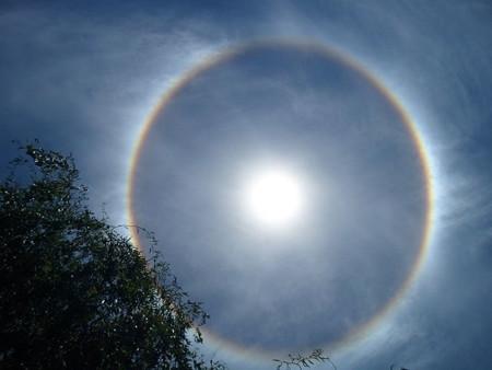 640px Halo Solar A 17 Grados Celsius