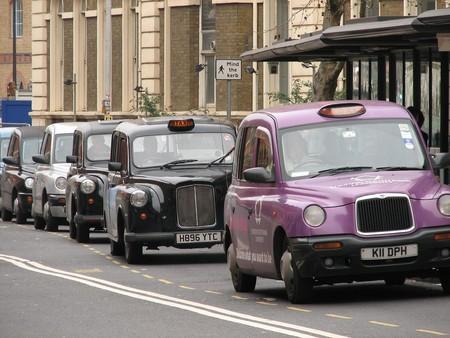 Los Taxis Madrilenos Invaden Londres Para Promocionar Madrid