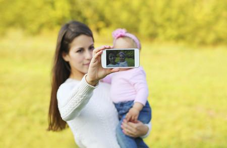 Sharenting, o publicar fotos e información de nuestros hijos en Internet: una práctica que puede tener fatales consecuencias