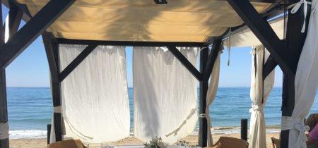 Un día de lujo y playa en el Club La Cabane de Marbella
