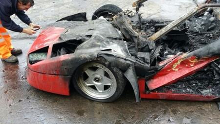 Ferrari F40 Arde Tras Restaurarlo 2