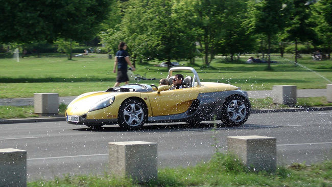 Renault Spider, aspecto deportivo.jpeg