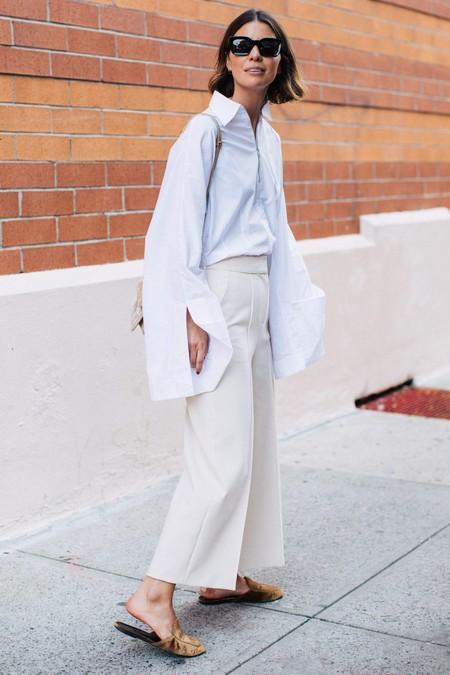como combinar el pantalon blanco