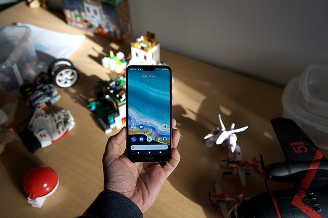 Nokia 7.1, análisis: apariencia y acabado de gama alta para quienes la ficha técnica no lo es todo