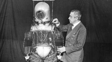 """La """"escafandra Herrera"""": el traje espacial de caucho, lana y acero de la España de los 30 que abrió camino a la NASA"""