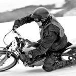 ¡El noruego de 96 años que hace Speedway y Motorpasión Moto os desean Feliz 2016!