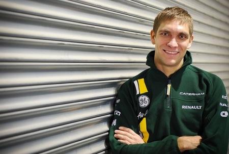 Vitaly Petrov dice que las mujeres no valen para la Fórmula 1 y que Alonso es un piloto de pago