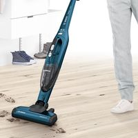 Por 99 euros tenemos el aspirador de tipo escoba Bosch BBH21830L Readyy'y 2-in-1 disponible en Amazon
