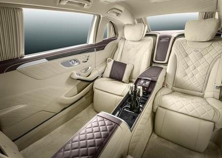 Mercedes Benz S600 Pullman Maybach 2016 800x600 Wallpaper 04