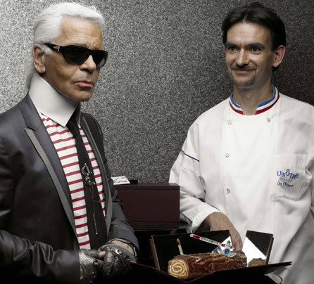 Karl Lagerfeld se hace pastelero