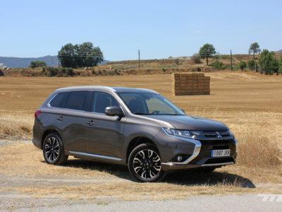 Mitsubishi Outlander PHEV, a prueba: un gran SUV en manos de la hibridación