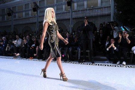 Versace y H&M, juntos para el otoño
