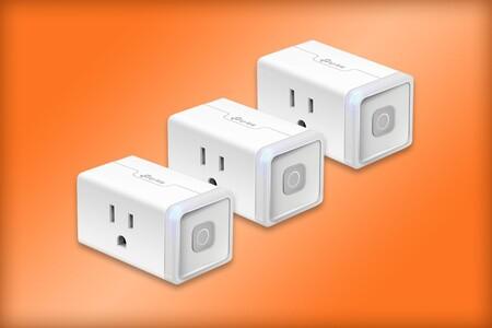 Paquete de tres contactos inteligentes TP-Link por tan solo 436 pesos en Amazon México, compatibles con Alexa y Google Assistant
