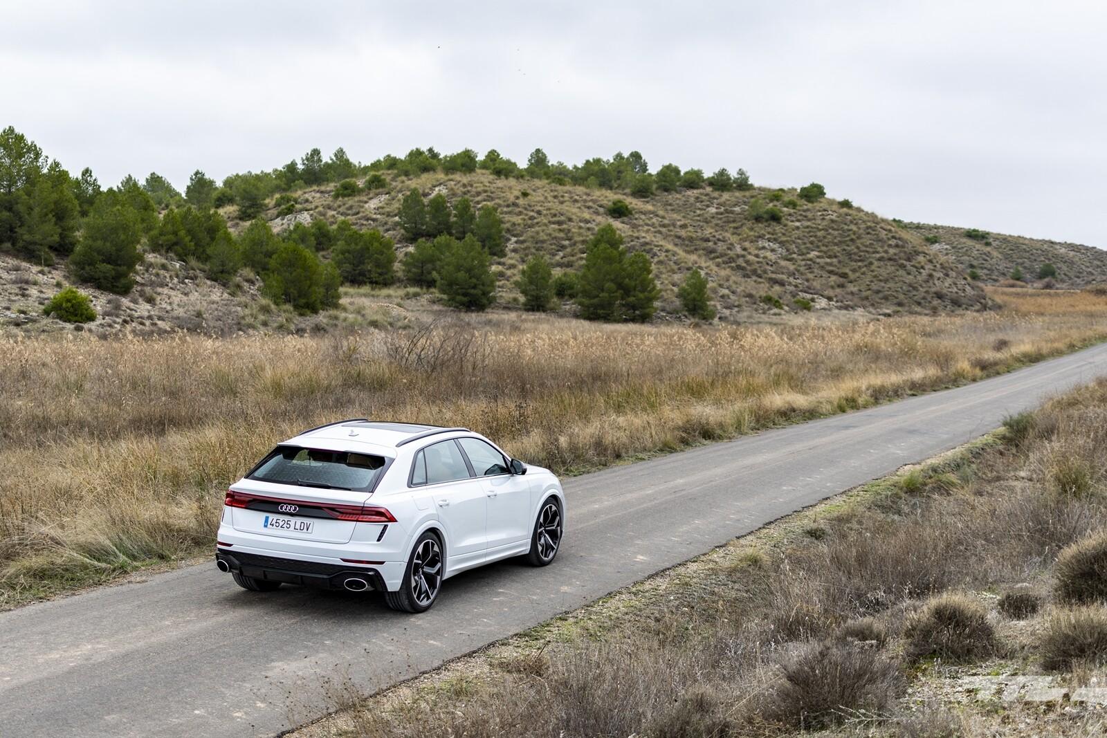 Foto de Audi RS Q8 2020, prueba (29/40)