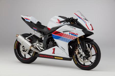 La desearás pero no la catarás (¿o sí?), alucina con la Honda CBR 250 RR preparada por HRC