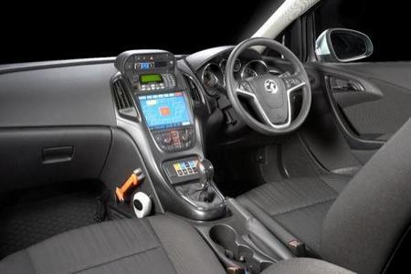 Opel Astra policía