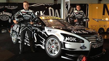 Nissan_V8Supercars