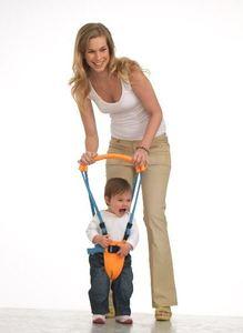 ¿Un arnés ayuda a aprender a caminar?