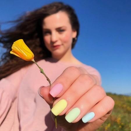 ¿Cómo debemos usar el endurecedor de uñas?