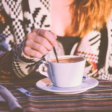 """Consumir cafeína en el embarazo, incluso las cantidades que se consideran """"seguras"""", afectaría el peso del bebé al nacer"""