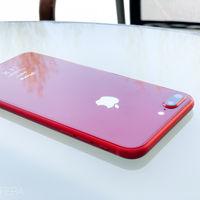 Las bandejas de la tarjeta SIM del nuevo iPhone de 6,1 pulgadas nos indican que vendrá en 5 colores diferentes