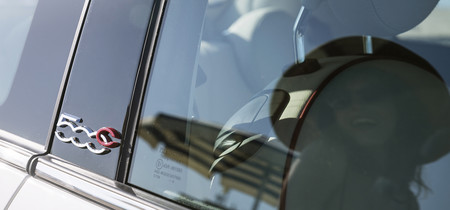 Fiat 500c Teaser