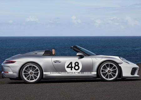 Porsche 911 Speedster 2019 1600 24
