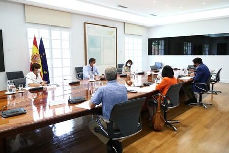 El teletrabajo se acaba para los funcionarios: a partir del 1 de octubre solo podrán trabajar desde casa un día a la semana