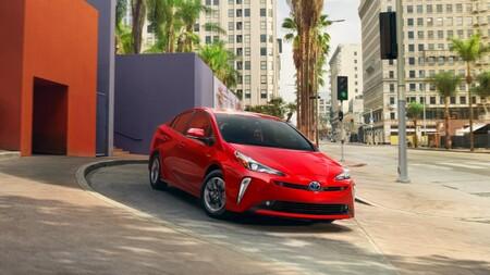Toyota Prius 2022 llega a México: el híbrido más popular ya tiene precio oficial y se acompaña de una edición bitono