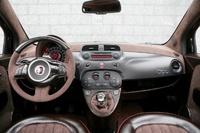 El interior del Fiat 500 Castagna