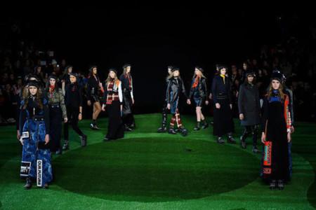 De Rodarte a Jacobs, los 92 mejores looks del séptimo día de la Semana de la Moda de Nueva York
