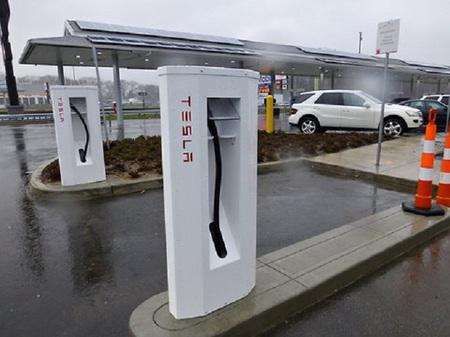 La red de supercargadores de Tesla se extiende por Estados Unidos