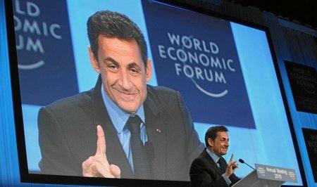 Sarkozy en campaña: impuestos a la economía digital y encerrar a los piratas como Kim Dotcom