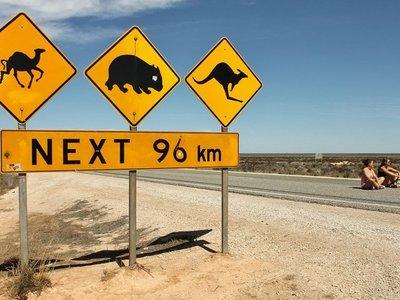 Australia hará realidad un corredor con electrolineras de casi 2.000 kilómetros, pero solo por la costa