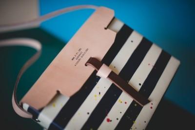 Los bolsos de las chicas modernas y urbanitas los firma p[pi:]