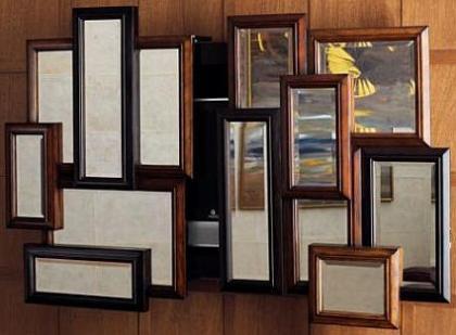 Oculta tu tele de plasma con un collage de espejos