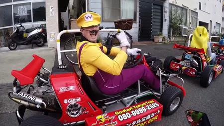 En Japón, si quieres puedes ser Mario Kart, pero usando cinturón de seguridad, reposacabezas y guardabarros