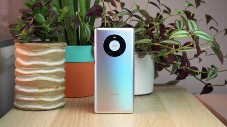 Huawei Mate 40 Pro, Mate 40E y Mate X2 4G: los nuevos gama alta de Huawei son iguales que sus hermanos 5G, pero sin 5G