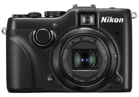 Nikon P7100 de frente