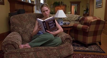 39 novelas de Dan Brown, Stieg Larson, Noah Gordon... que las editoriales y autores ofrecen gratis para quedarnos en casa leyendo
