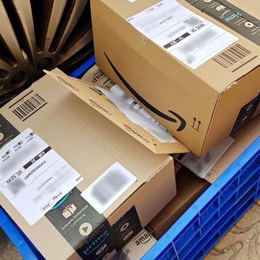Máquinas que simulan dedos humanos para acaparar el trabajo y reparto de paquetes a 13 euros la hora: Amazon Flex, por dentro