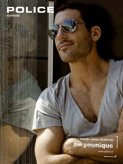 Miguel Ángel Silvestre ahora modelo de gafas... ¡que me pongan tres pares!