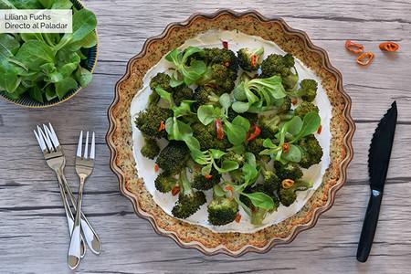 Tarta Salada De Brocoli Y Queso Crema Con Base De Almendra