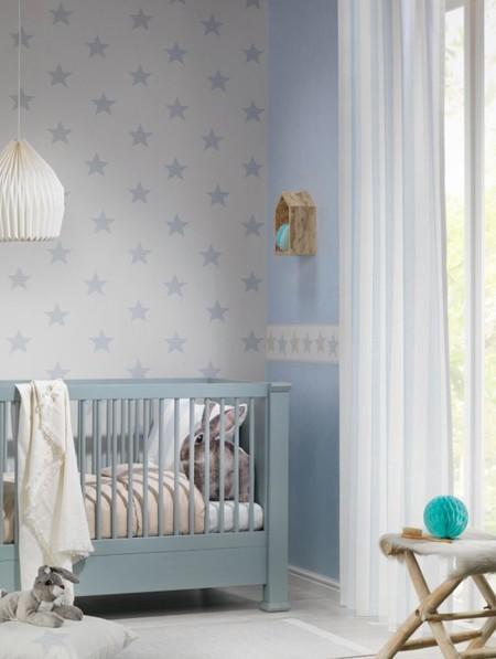 Siete ideas para decorar con papel pintado una habitaci n for Decoracion habitacion bebe papel pintado