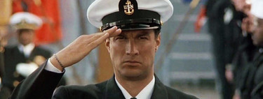 Cuando Steven Seagal pudo ser el rey del cine de acción: así se hundió la carrera del actor tras el éxito de 'Alerta máxima'