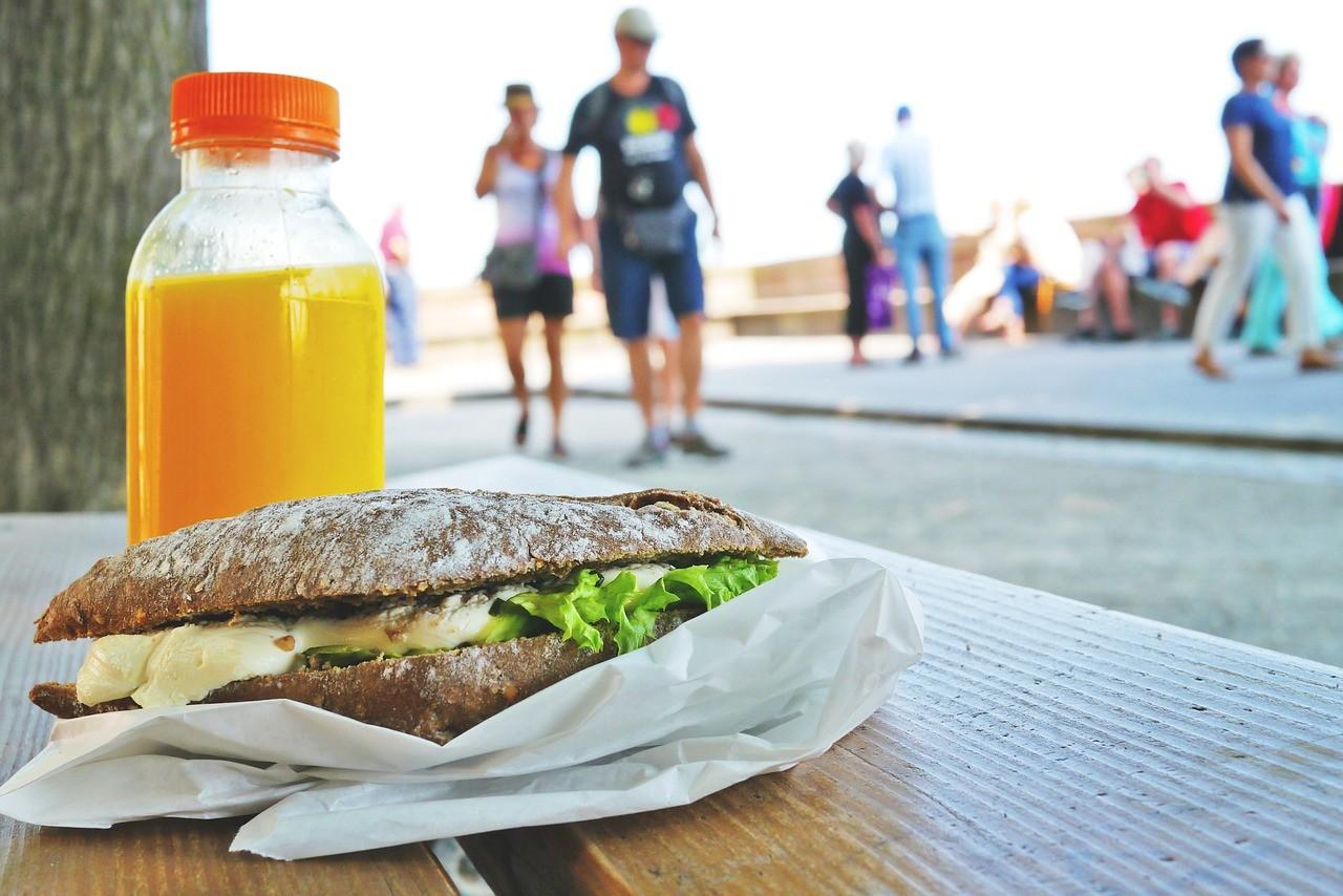 De cero a cinco kilómetros en ocho semanas: qué comer antes de salir a correr